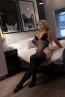 Escort Models Eun, France - 392