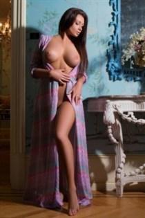 Rabia Hira, sex in Italy - 4972