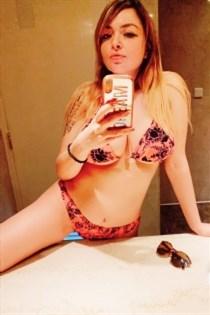 Tadia, horny girls in Germany - 4828
