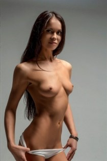 Zhaozhao, escort in Italy - 15045